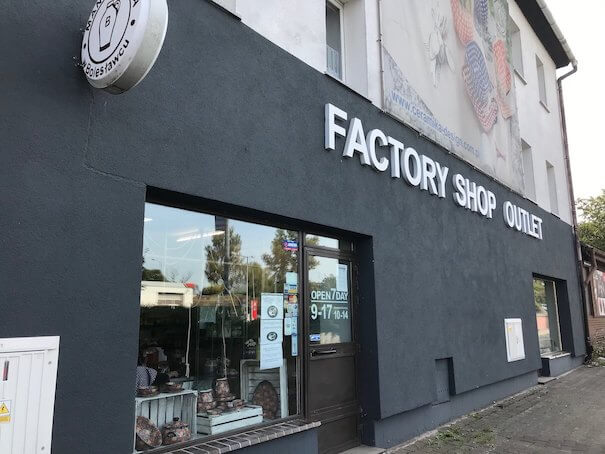 Manufacture outlet